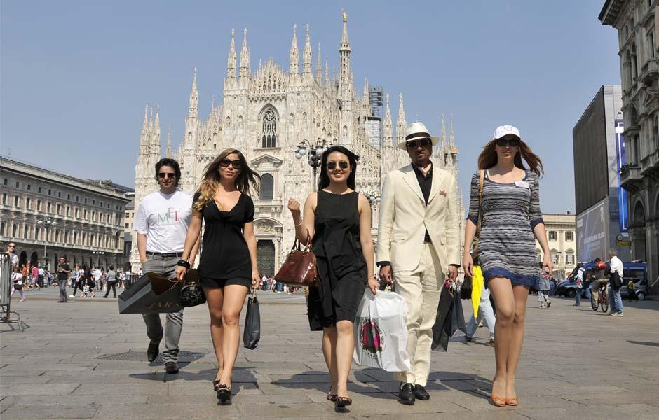 Private sales personal shopping milano fashion tour for Milano shop